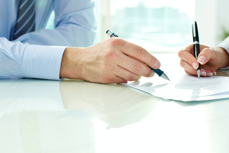 10 Key Factors To Consider Before Signing An Office Cleaning Contract (FREE GUIDE)